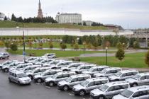 В Татарстане ветеринарам вручили ключи от новых автомобилей